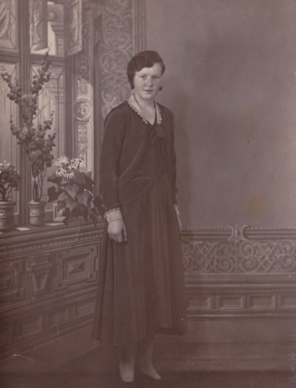 On the back: Astri Larsen, Confirmation 1930 - second day dress.